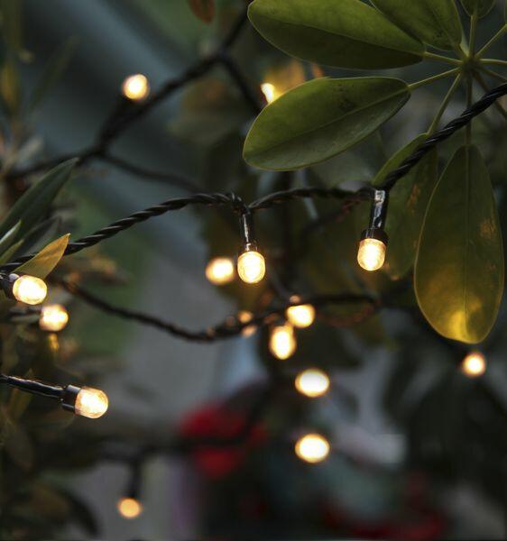 Voinko käyttää oudosti temppuilevia jouluvaloja?