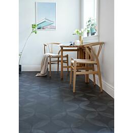 Vinyylimatto Tarkett Iconik Trend Tile Flower Black leveys 4 m