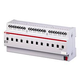 Tuloyksikkö Kytkinyksikkö 230 VAC, 12 x 10 A KNX SA/S12.10.1