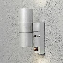 Seinävalaisin Modena 7542-320 65x110x200 mm ylös/alas liiketunnistimella sinkitty teräs