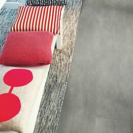 Vinyyli Pergo Tile Premium Rigid Click, Dark Grey Concrete, 610x303x5mm