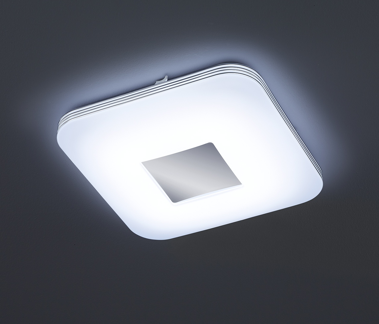 LED-kattovalaisin Venus 330x330x70 mm kromi