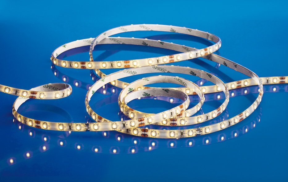 LED-nauha Airam LED Strip 2 8x3000 mm 3000K 240 lm/m + virtalähde