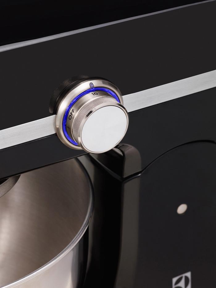 Yleiskone Electrolux Assistent EKM4300 1000W musta lisäkuva lisäkuva e99c9da0b2